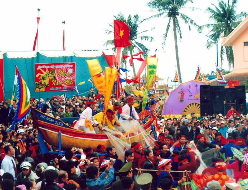 Cau Ngu Festival – Thua Thien Hue