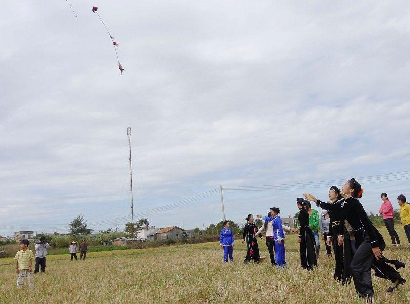 Long Tong Festival (Hội xuống đồng) – Lao Cai