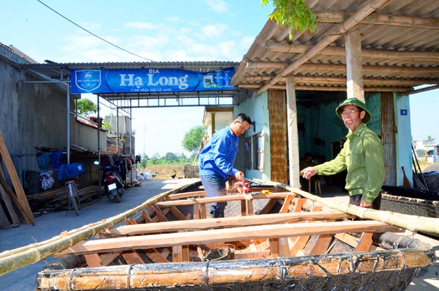 The fishing-equipment maker Hung Hoc village