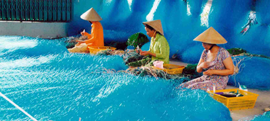 Thom Rom net weaving village