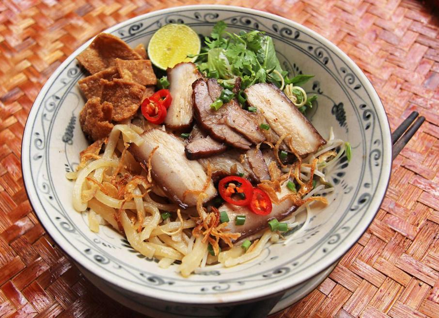 Cao Lau - Vietnamese cuisine