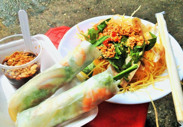 Saigon street food tour