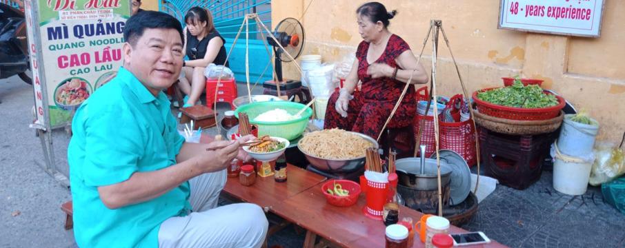 Cao Lau -Vietnamese cuisine